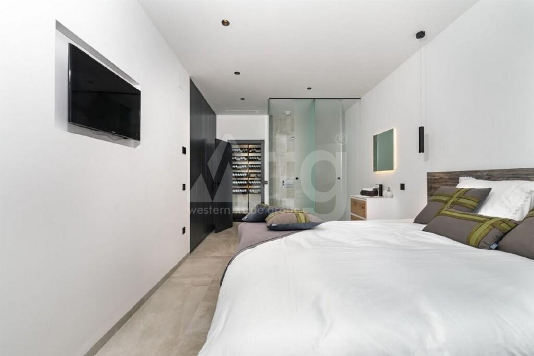 5 bedroom Villa in Torrevieja  - AG197 - 6