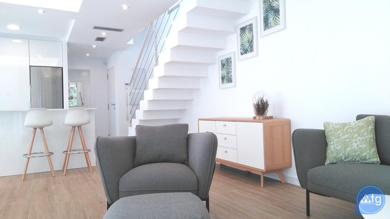 4 bedroom Villa in Torrevieja - VR6703 - 17