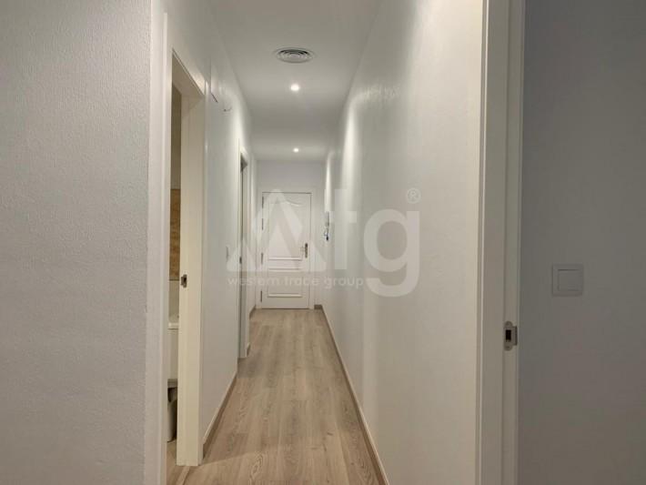 Villa de 4 chambres à Torrevieja - AGI8556 - 10