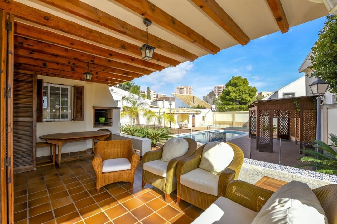 Villa de 4 chambres à Dehesa de Campoamor - B2149 - 27