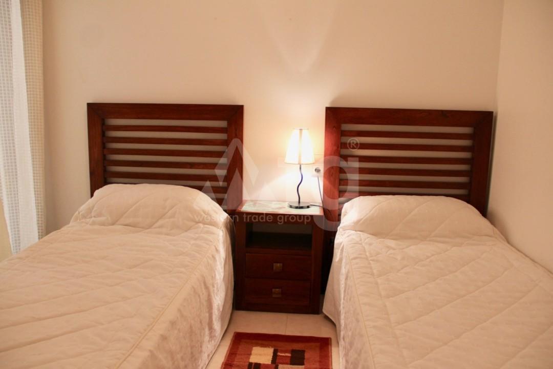 Bungalow de 3 chambres à Orihuela Costa - Z7227 - 40