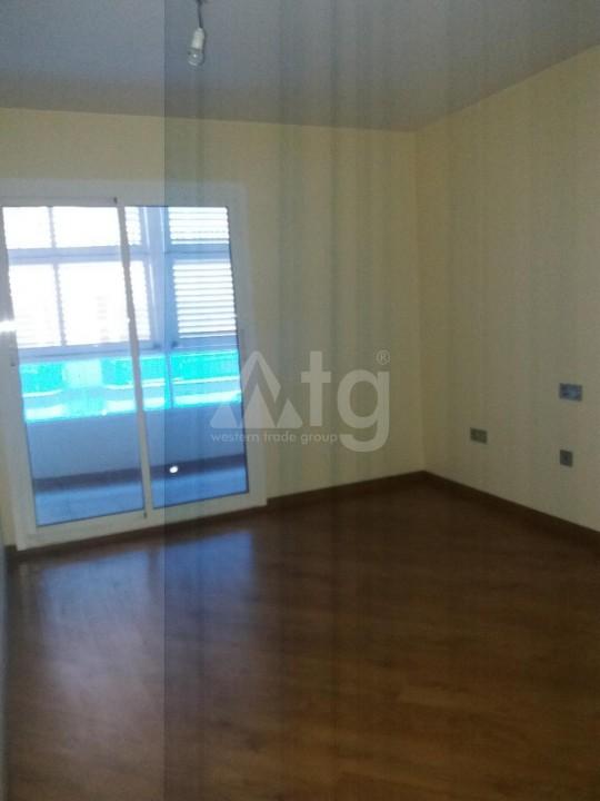 Bungalow de 3 chambres à Torrevieja - US115934 - 10