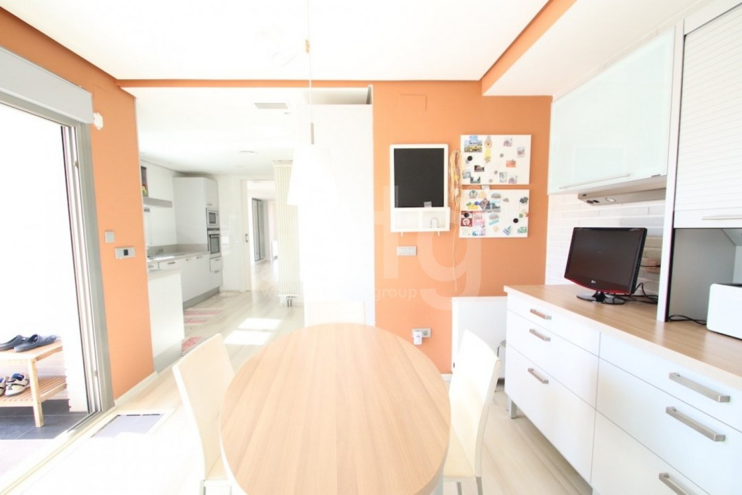 Bungalow de 3 chambres à Guardamar del Segura - CN114029 - 11