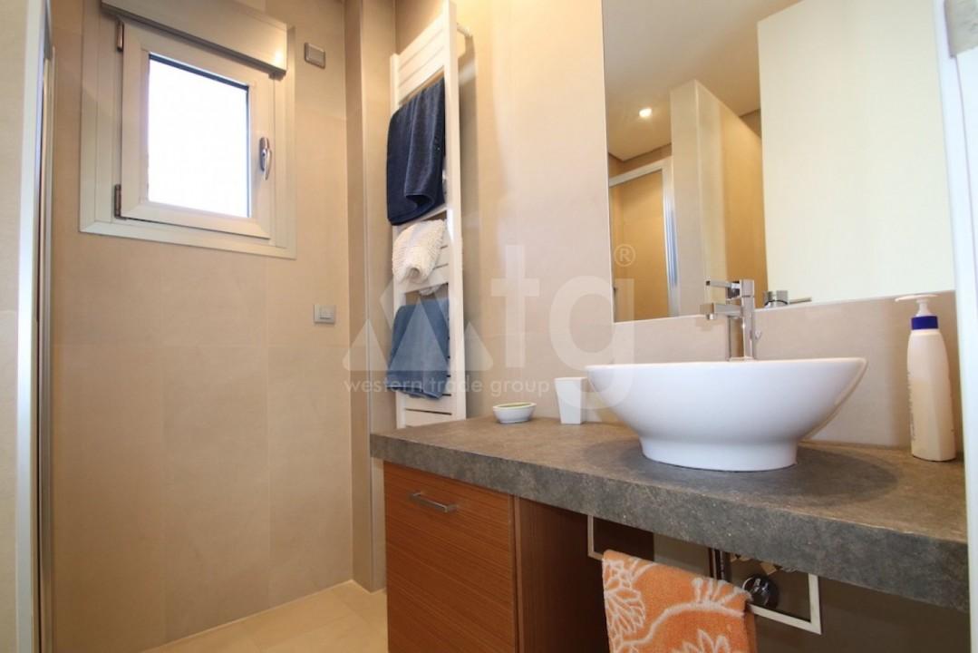 3 bedroom Bungalow in Guardamar del Segura  - CN114029 - 12