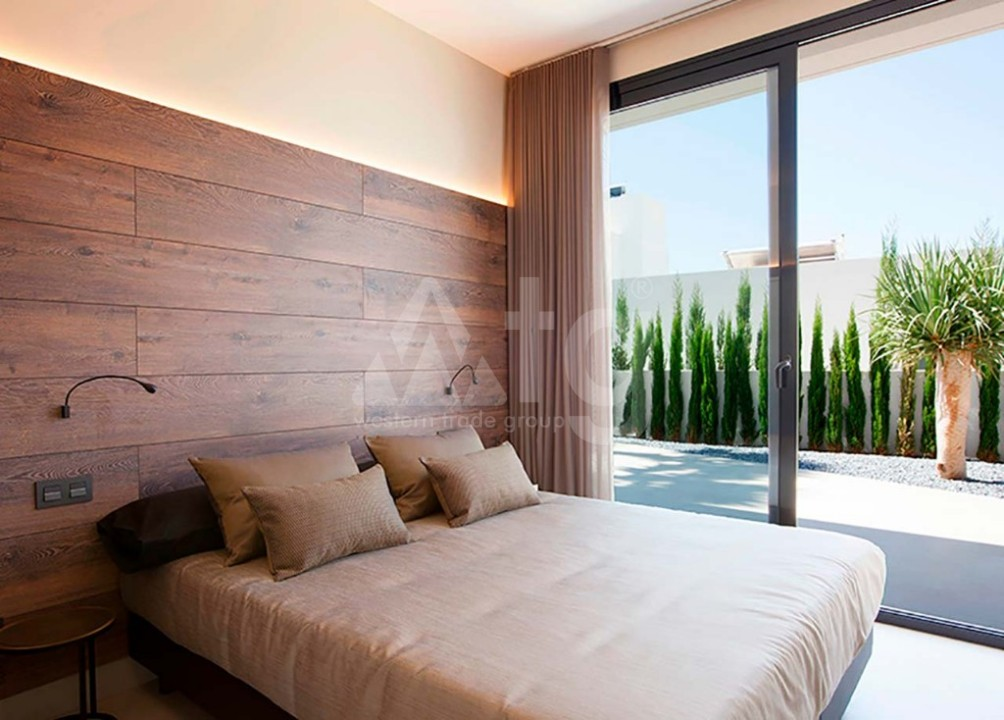3 bedroom Bungalow in Guardamar del Segura  - CN7828 - 16