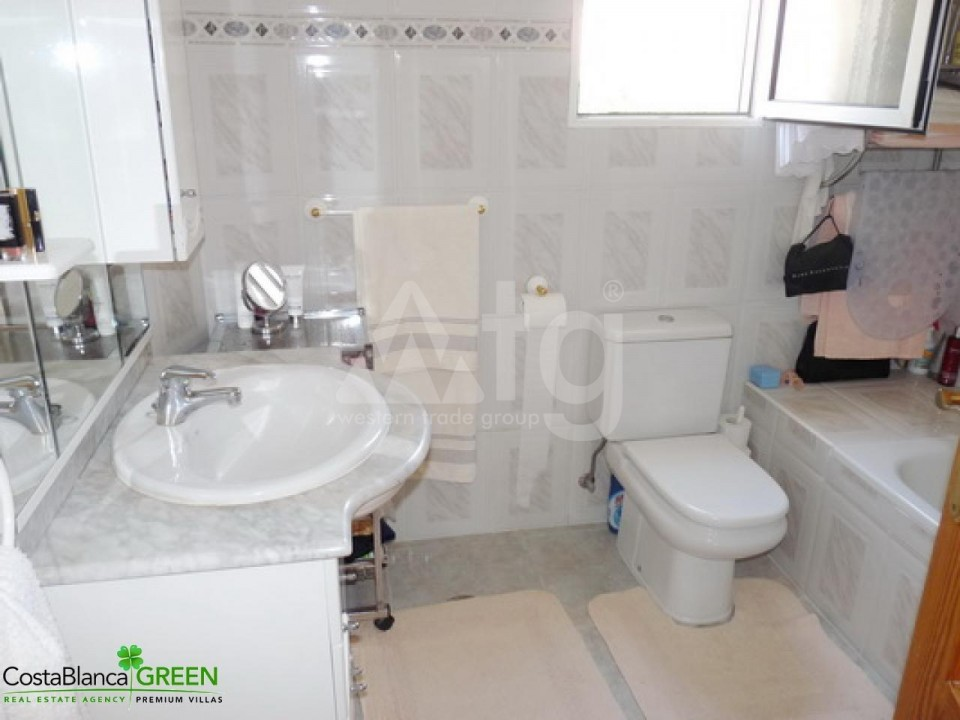 2 bedroom Bungalow in Torrevieja - IM114098 - 13