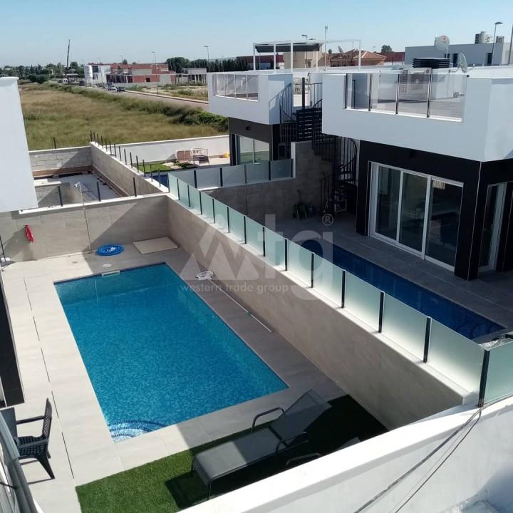 2 bedroom Bungalow in Torrevieja  - GK116095 - 1