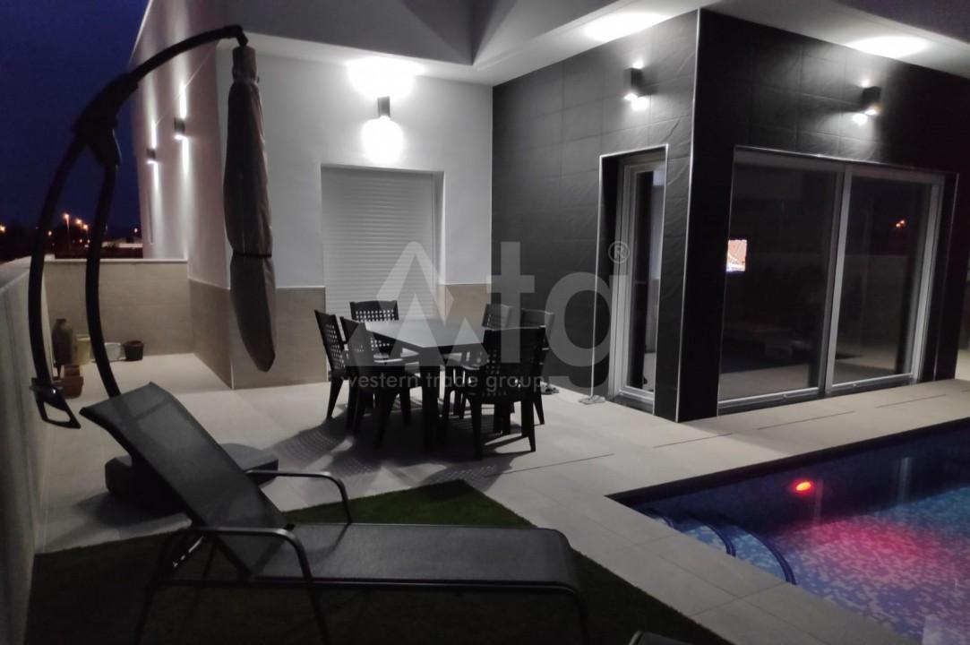 2 bedroom Bungalow in Torrevieja  - GK116095 - 10