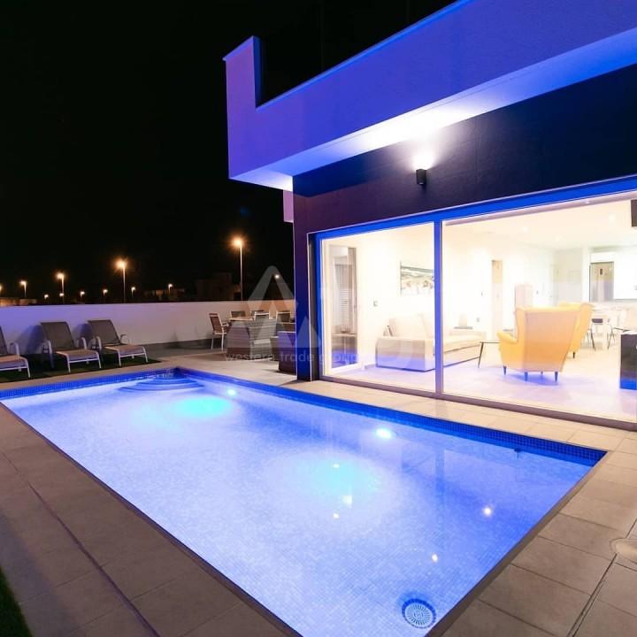 2 bedroom Bungalow in Torrevieja  - GK116095 - 11
