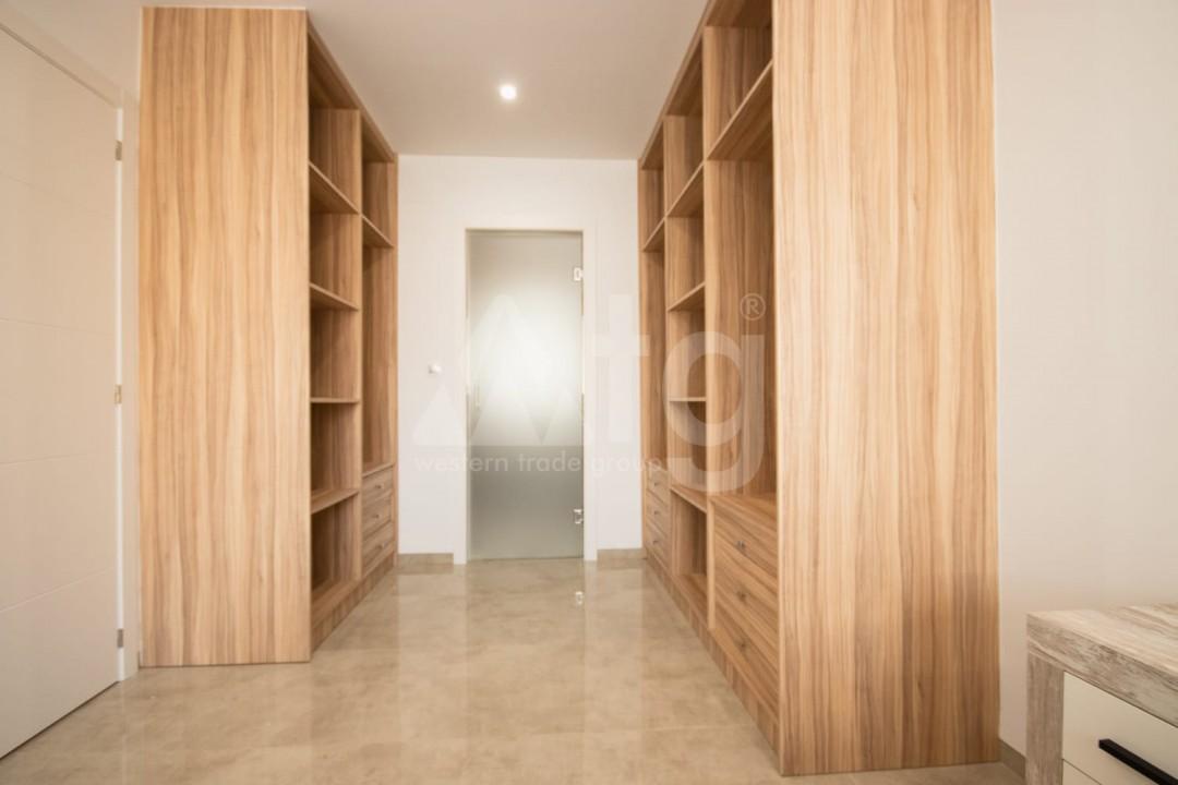 2 bedroom Bungalow in Torrevieja  - GK116095 - 7