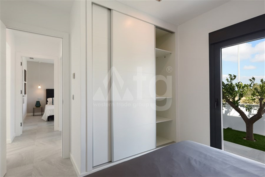 Bungalow de 3 chambres à Torrevieja - US115936 - 11