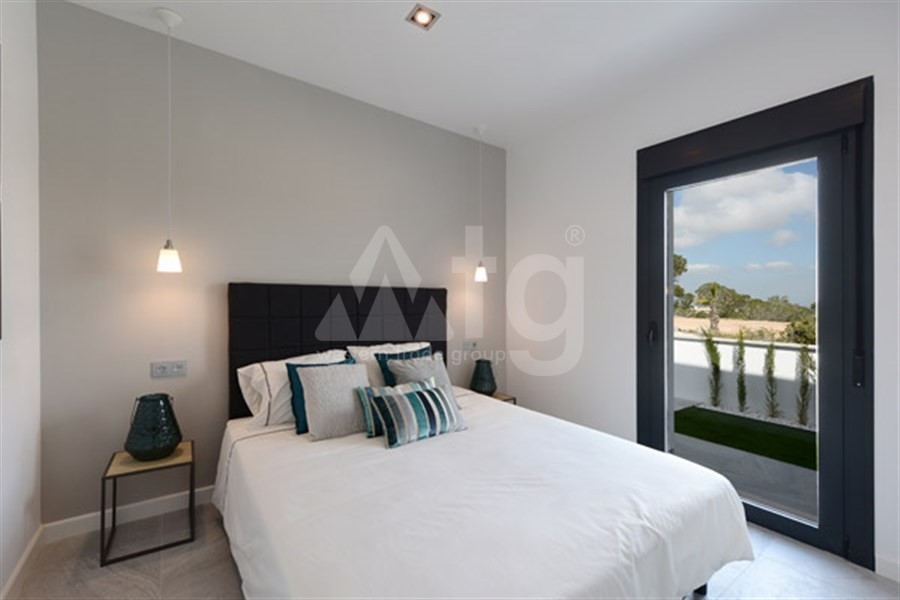 Bungalow de 3 chambres à Torrevieja - US115936 - 12