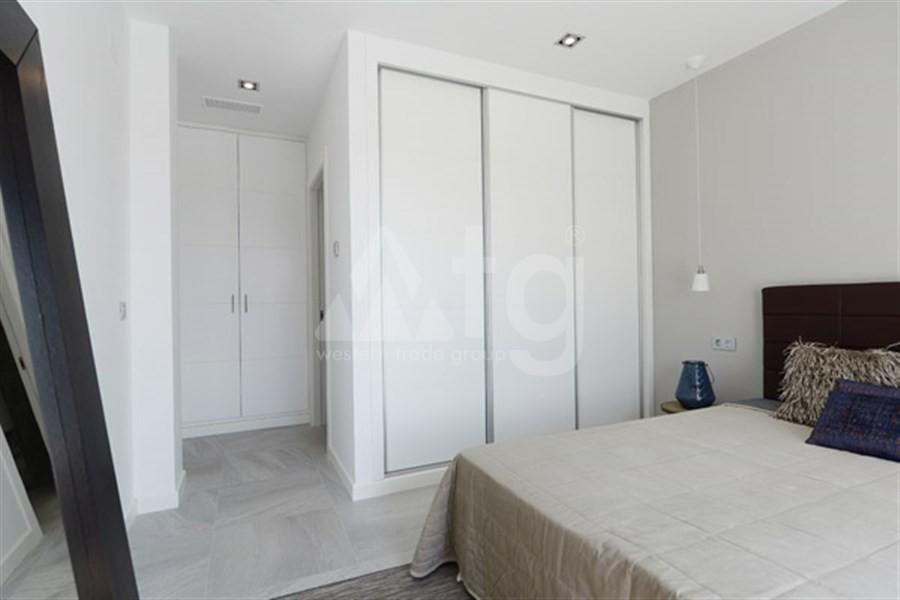 Bungalow de 3 chambres à Torrevieja - US115936 - 16