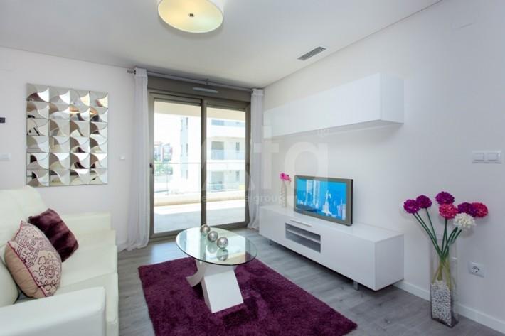 Bungalow de 3 chambres à Torrevieja - AGI115470 - 8