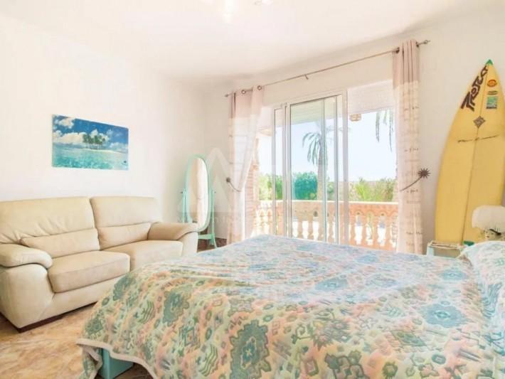 Bungalow de 3 chambres à Torrevieja - AGI115459 - 15