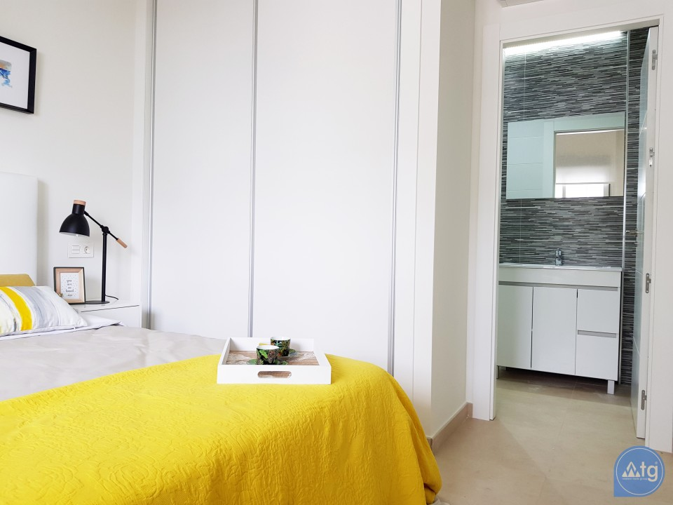Bungalow de 2 chambres à Orihuela Costa - OP116226 - 8