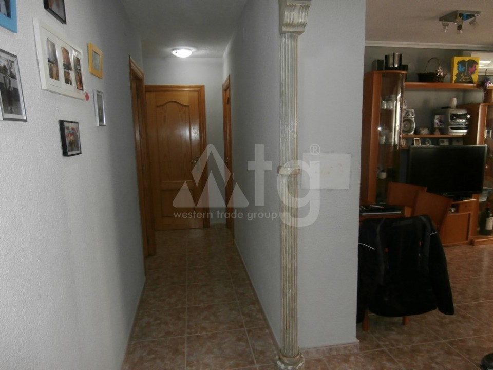 3 bedroom Apartment in Alicante - AG3509 - 16