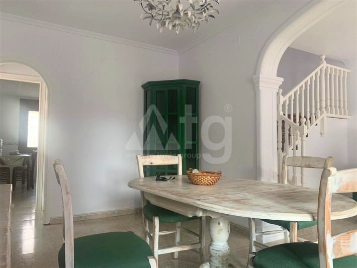 2 bedroom Apartment in Torrevieja - AGI8554 - 11