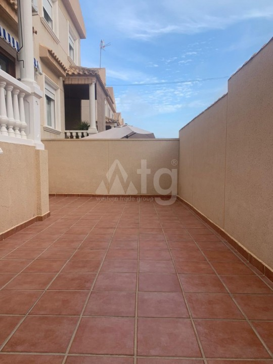 2 bedroom Apartment in Torrevieja - AGI8554 - 5