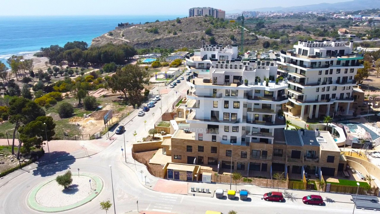 4 bedroom Apartment in Torrevieja  - AG9492 - 1
