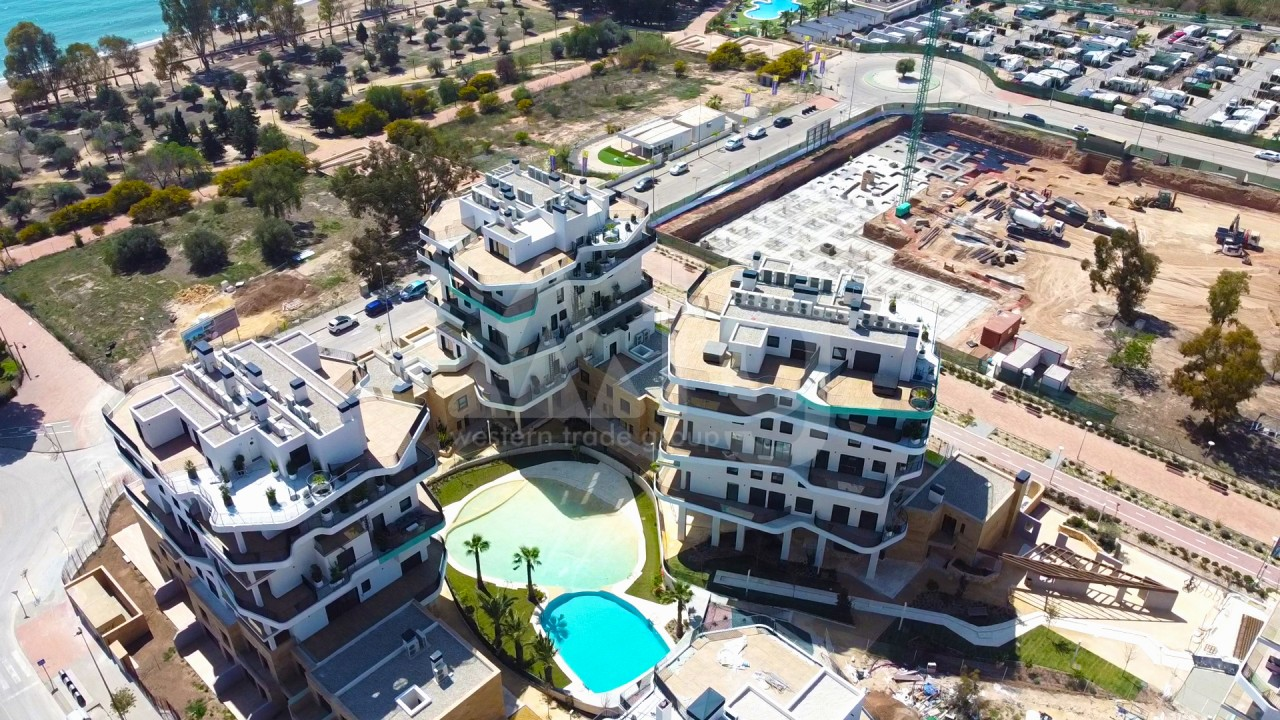 4 bedroom Apartment in Torrevieja  - AG9492 - 5
