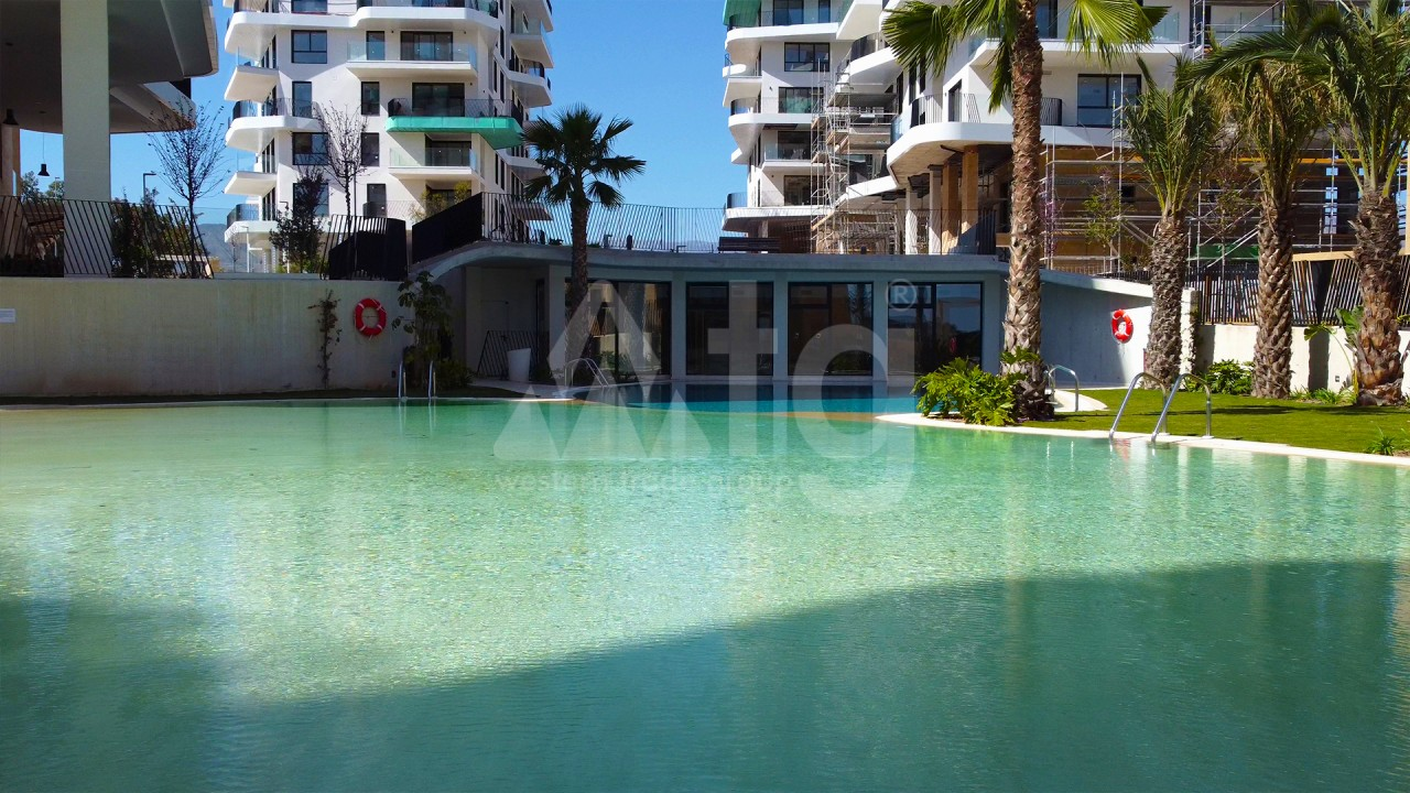 4 bedroom Apartment in Torrevieja  - AG9492 - 8