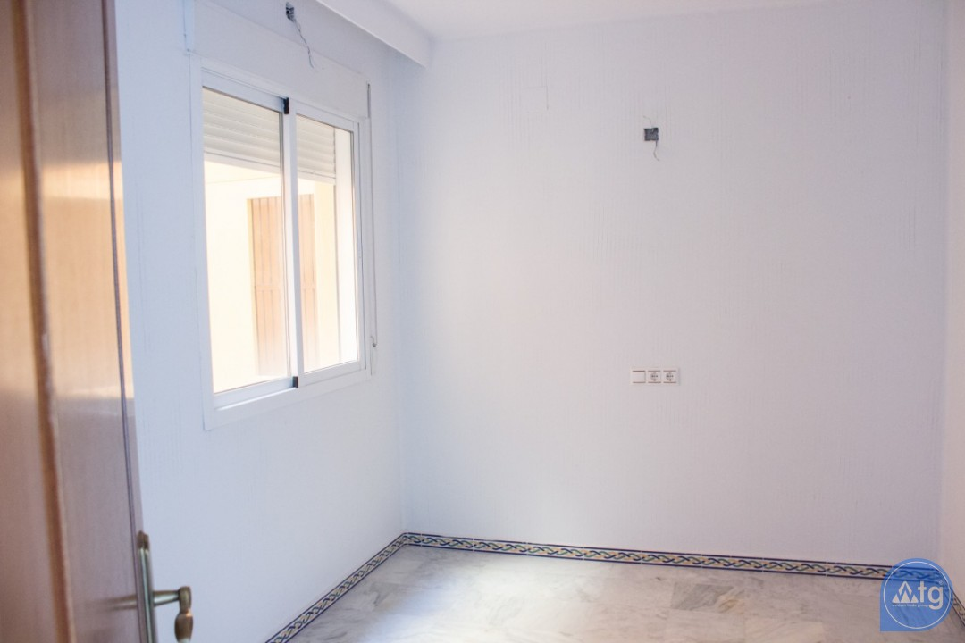 2 bedroom Apartment in Torrevieja - AG4211 - 12