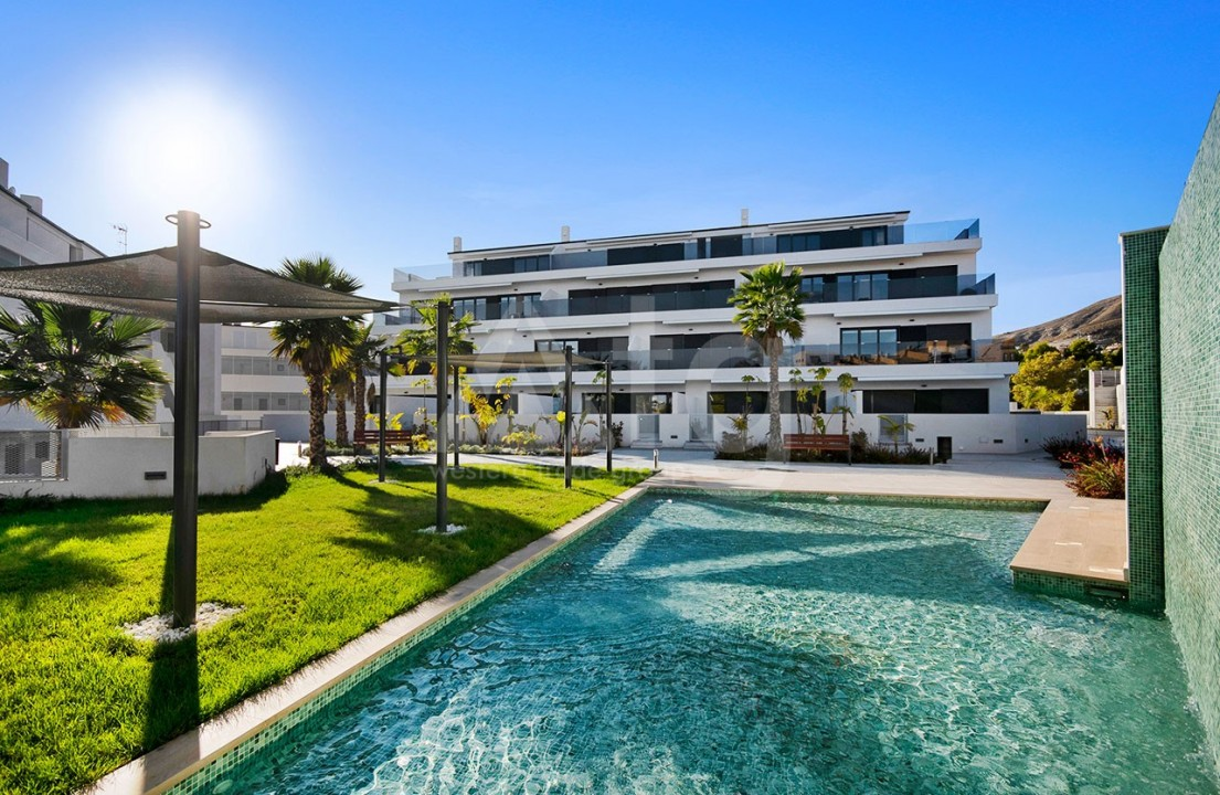 3 bedroom Apartment in Torrevieja  - CYM116016 - 1