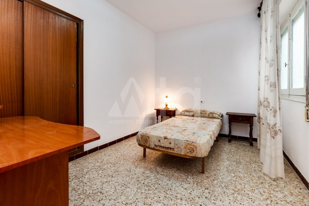 3 bedroom Apartment in Torrevieja  - CYM116016 - 25
