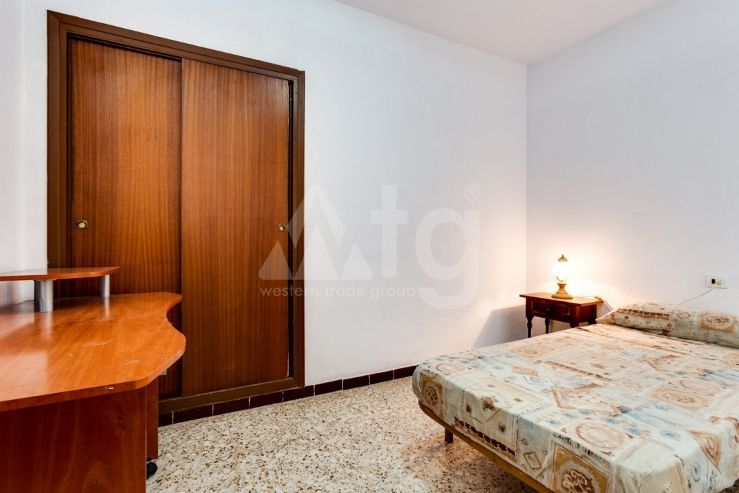 3 bedroom Apartment in Torrevieja  - CYM116016 - 27