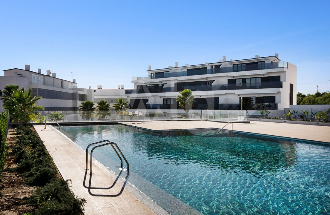 3 bedroom Apartment in Torrevieja  - CYM116016 - 3