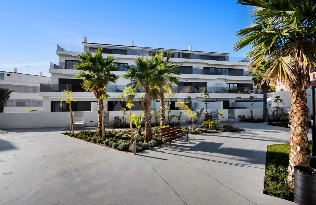3 bedroom Apartment in Torrevieja  - CYM116016 - 7
