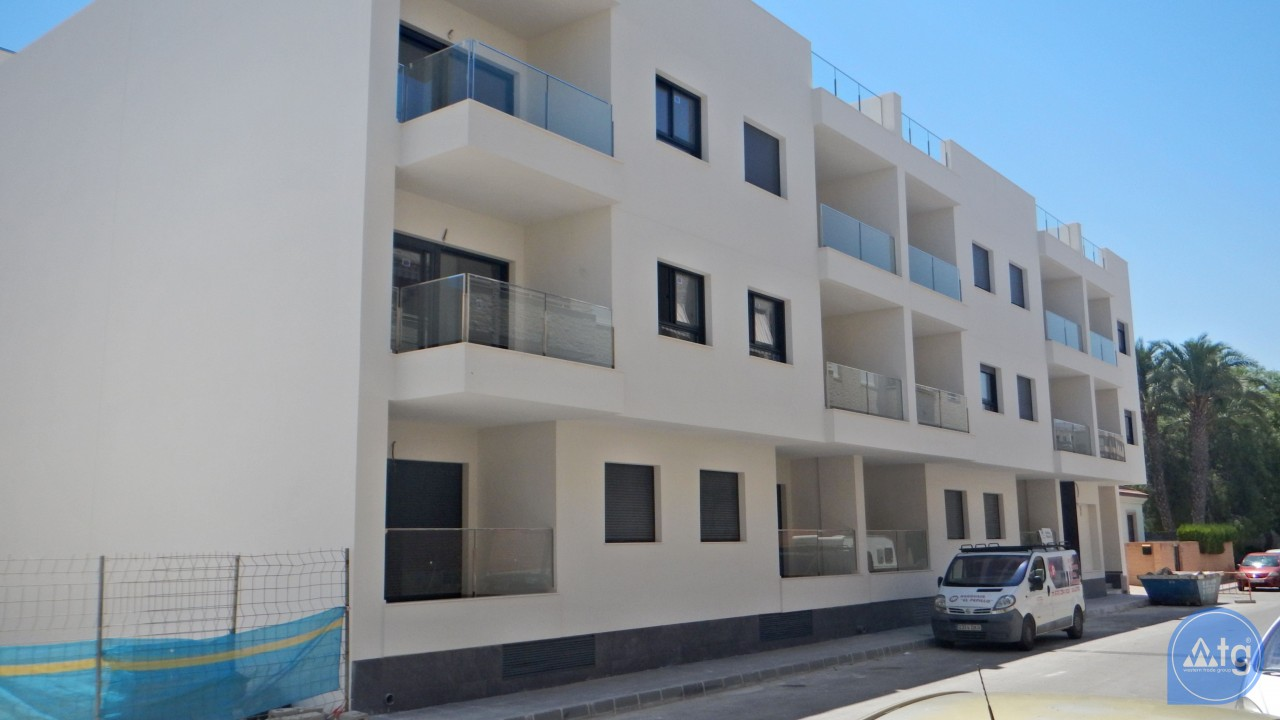 3 bedroom Apartment in Torrevieja  - AG6160 - 24
