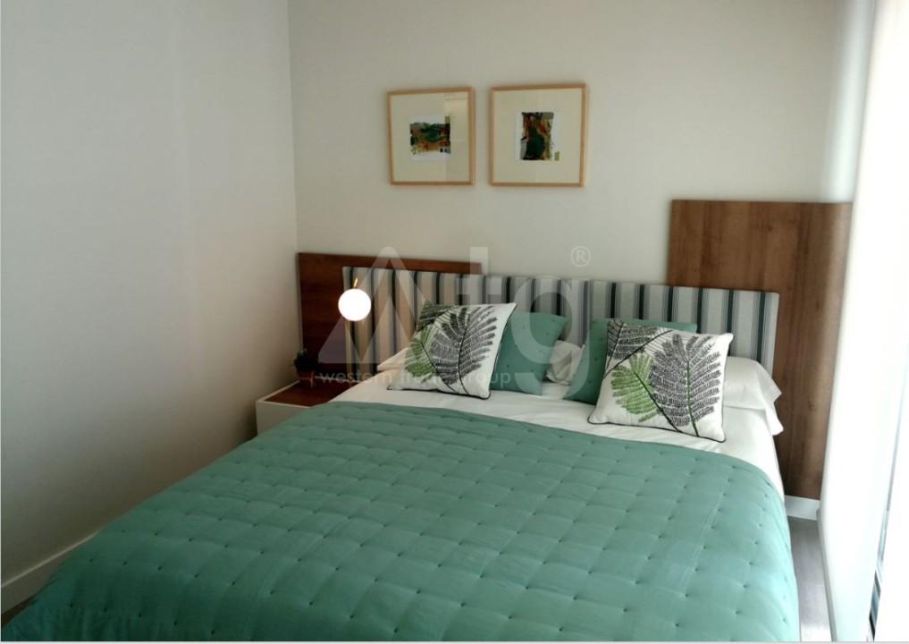 3 bedroom Apartment in Torrevieja - Z7226 - 11
