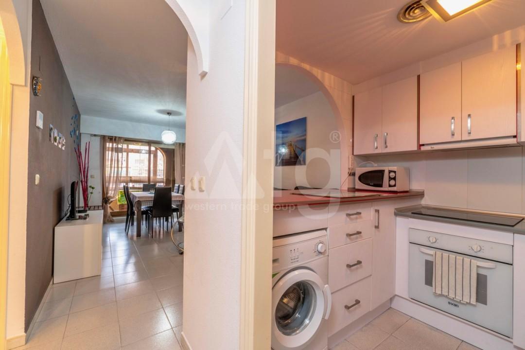 3 bedroom Apartment in Torrevieja - Z7226 - 17