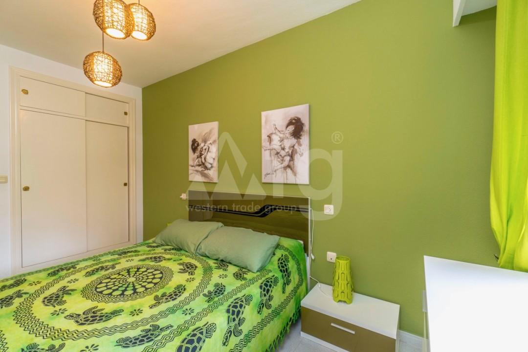 3 bedroom Apartment in Torrevieja - Z7226 - 23