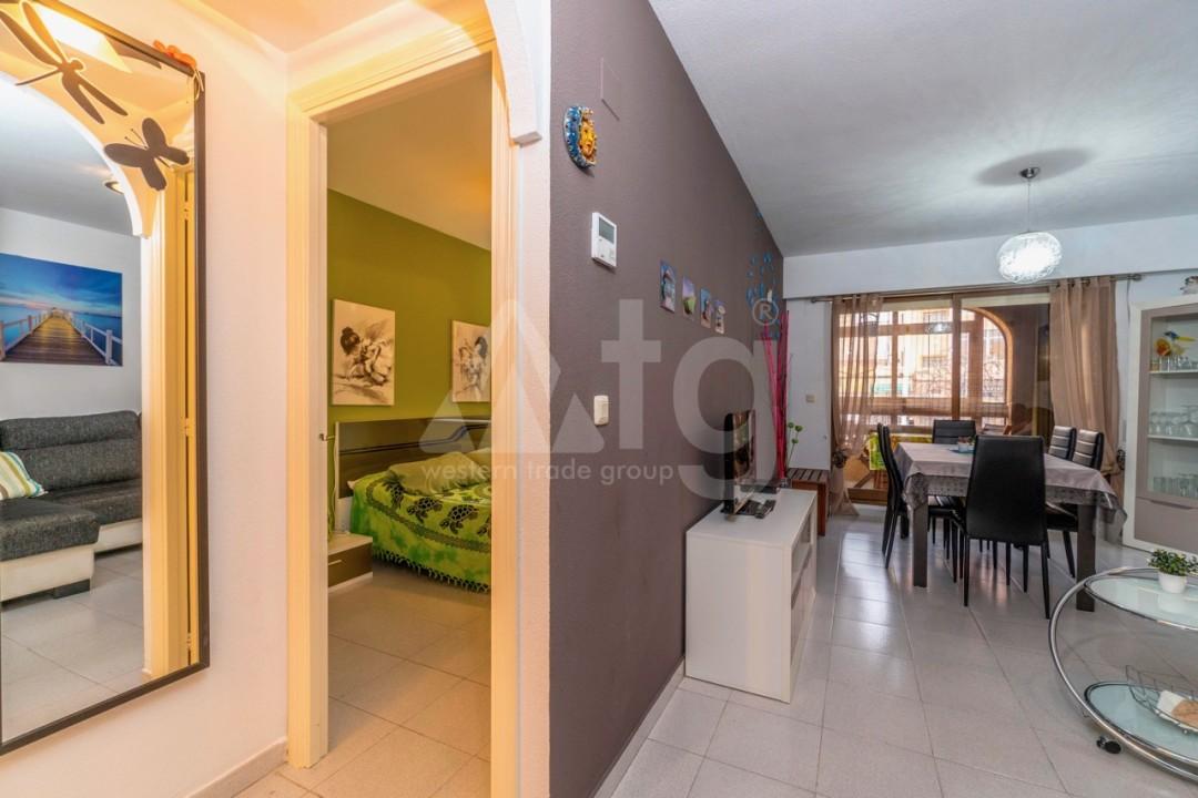 3 bedroom Apartment in Torrevieja - Z7226 - 28