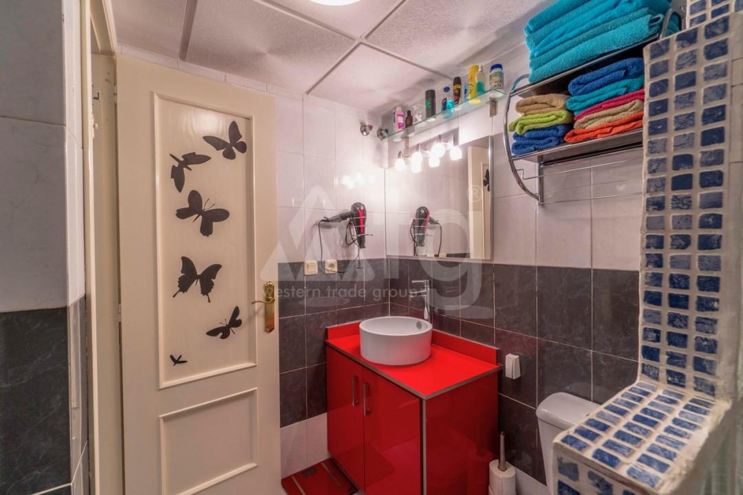 3 bedroom Apartment in Torrevieja - Z7226 - 30