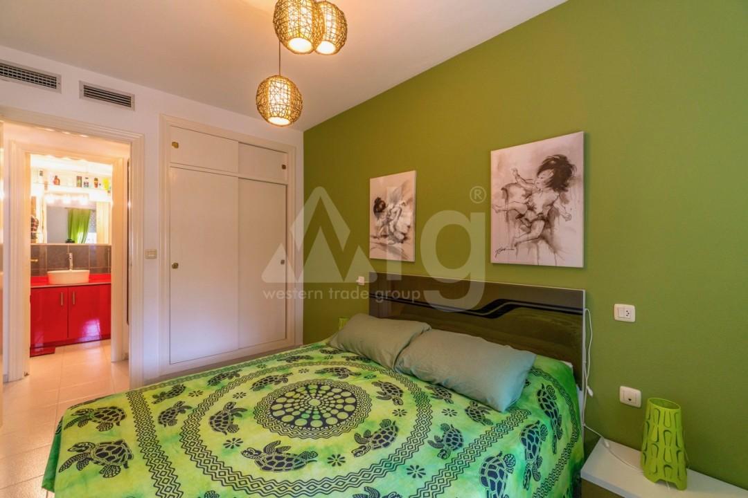 3 bedroom Apartment in Torrevieja - Z7226 - 31