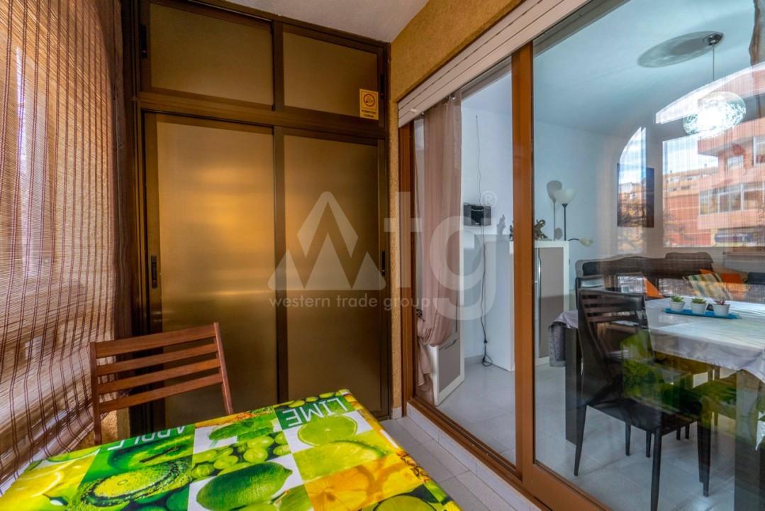 3 bedroom Apartment in Torrevieja - Z7226 - 33