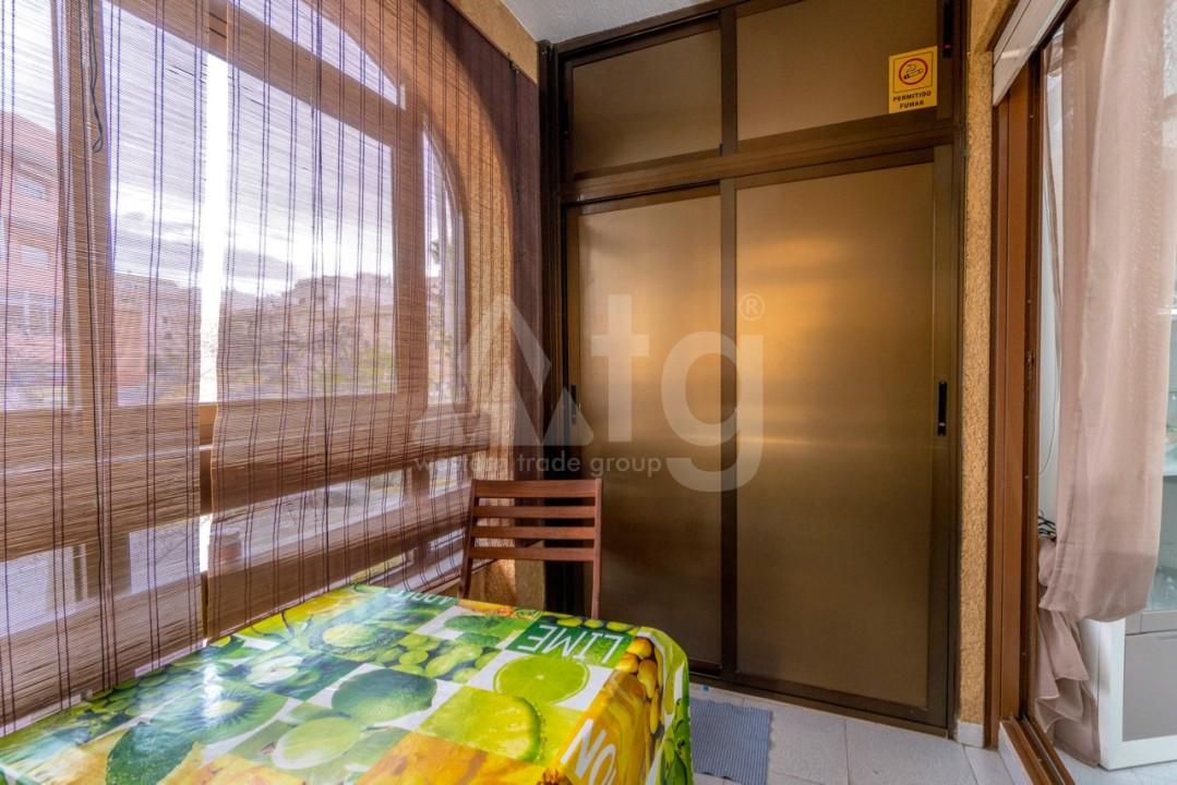 3 bedroom Apartment in Torrevieja - Z7226 - 34
