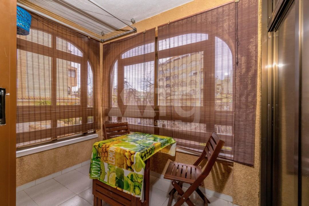 3 bedroom Apartment in Torrevieja - Z7226 - 40