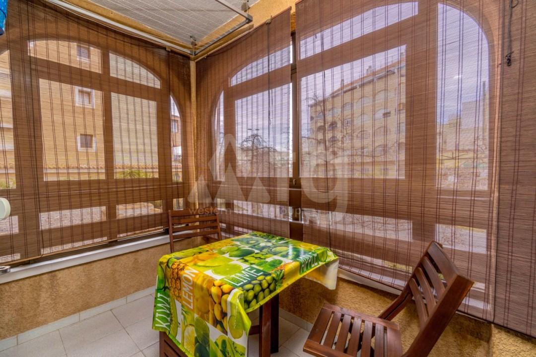 3 bedroom Apartment in Torrevieja - Z7226 - 41