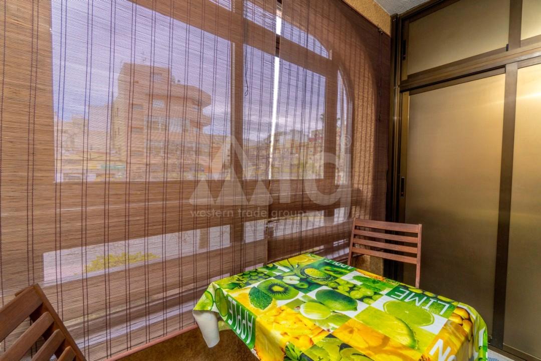 3 bedroom Apartment in Torrevieja - Z7226 - 42