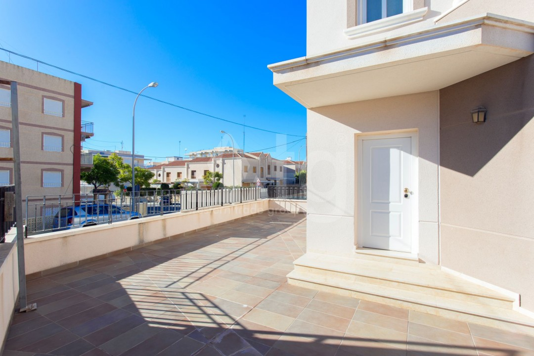 2 bedroom Apartment in Torrevieja  - AG9319 - 12