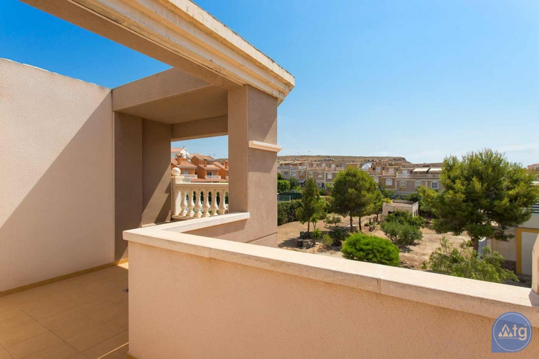 2 bedroom Apartment in Torrevieja  - AG9319 - 13