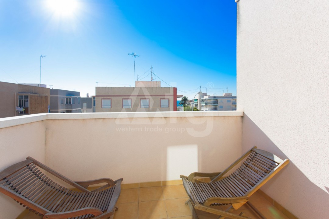 2 bedroom Apartment in Torrevieja  - AG9319 - 14