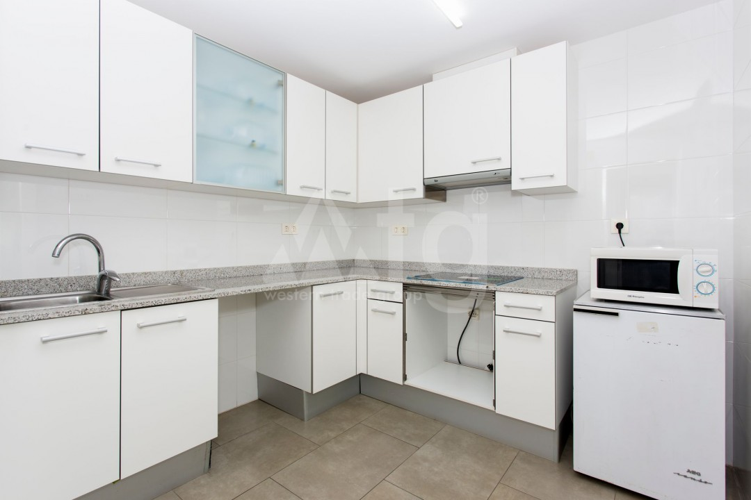 2 bedroom Apartment in Torrevieja  - AG9319 - 9