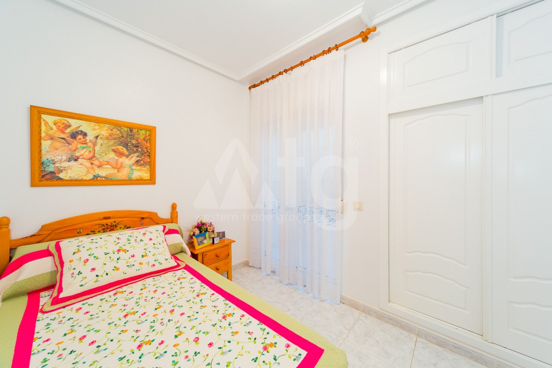 3 bedroom Apartment in Torrevieja - AG9533 - 17