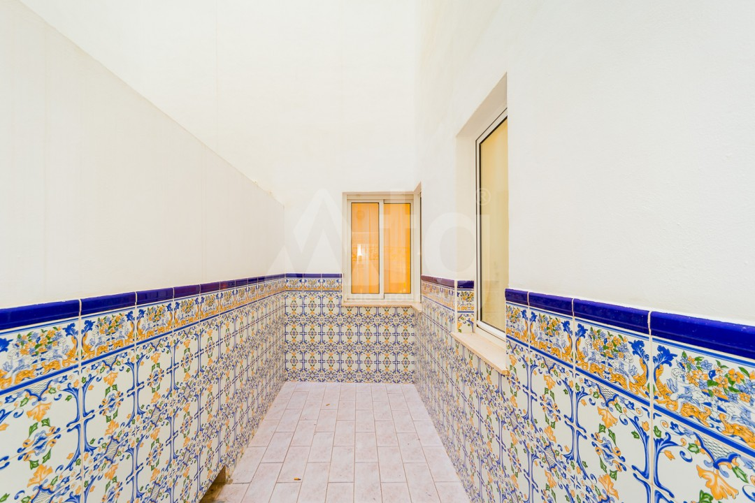 3 bedroom Apartment in Torrevieja - AG9533 - 24